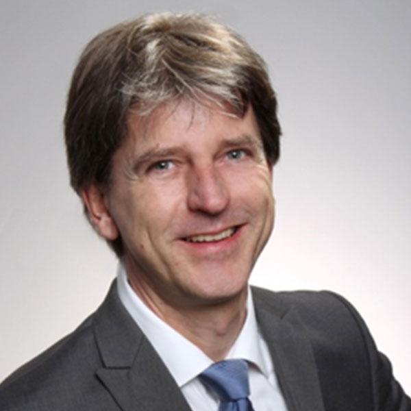 Dr. Arne Ramsperger<br>Biologie, Chemie und Mathematik
